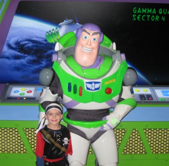 Disney World Magic Kingdom Buzz Lightyear