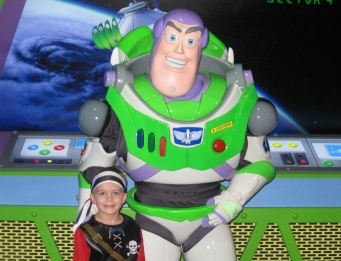 Disney World Magic Kingdom Buzz Lightyear