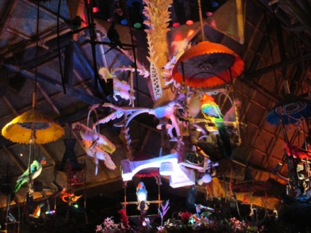 Disney World Magic Kingdom Enchanted Tiki Room
