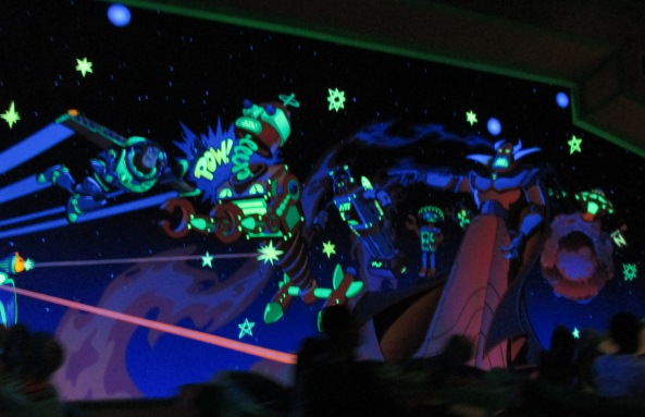 Disney World Magic Kingdom Buzz Lightyear Space Ranger Spin