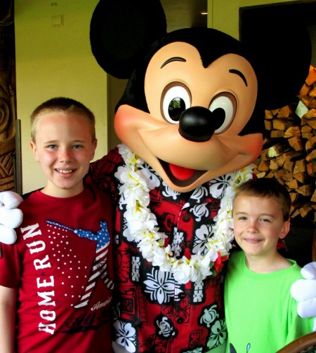 Hawaiian Mickey Mouse