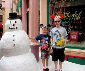 Hollywood Studios Snowman