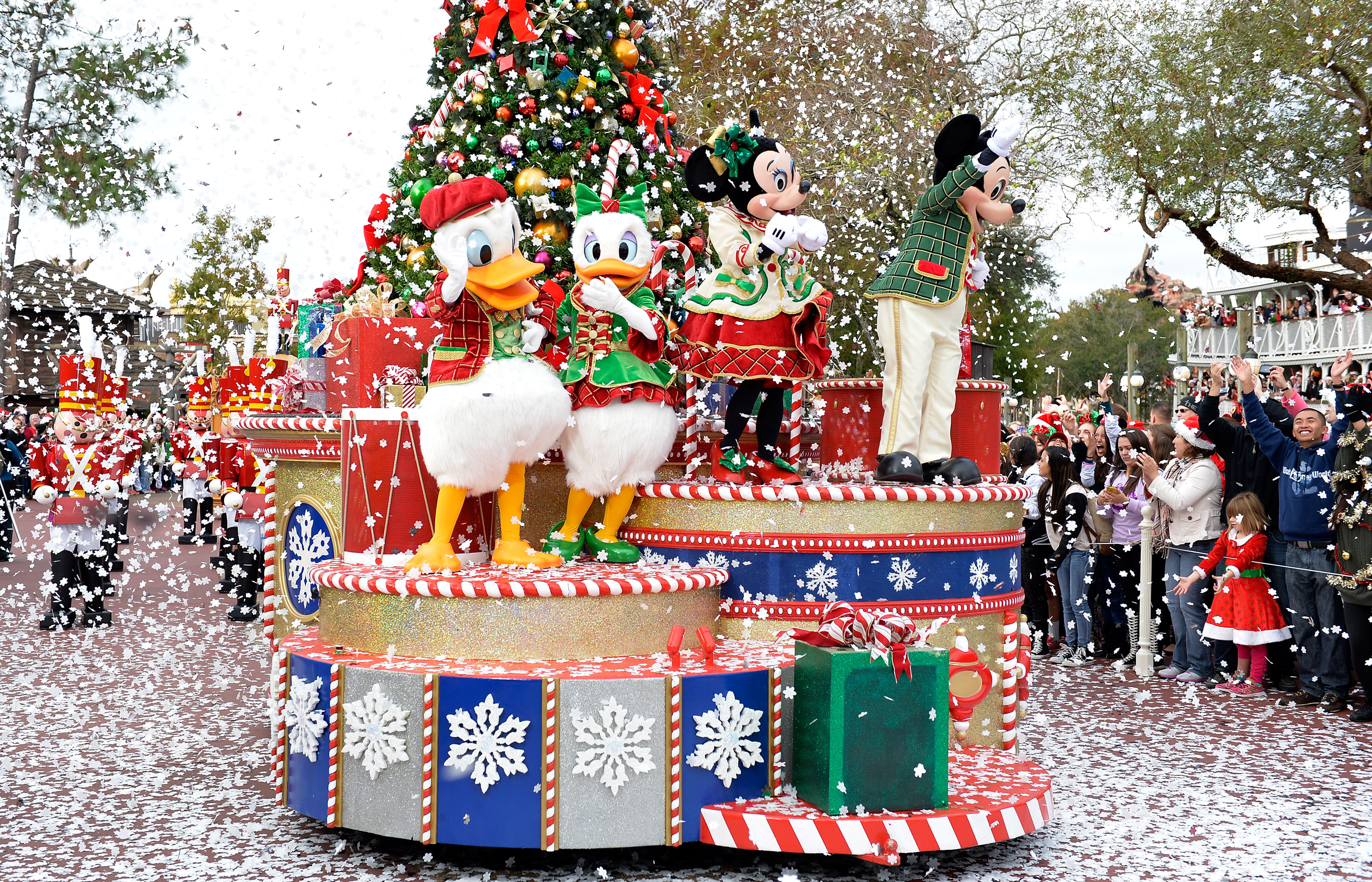 Disney Parks Christmas Day Special  Disney World Enthusiast