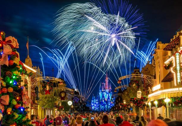 Magic Kingdom Holiday Fireworks