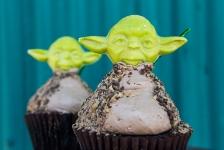 Yoda Cupcake