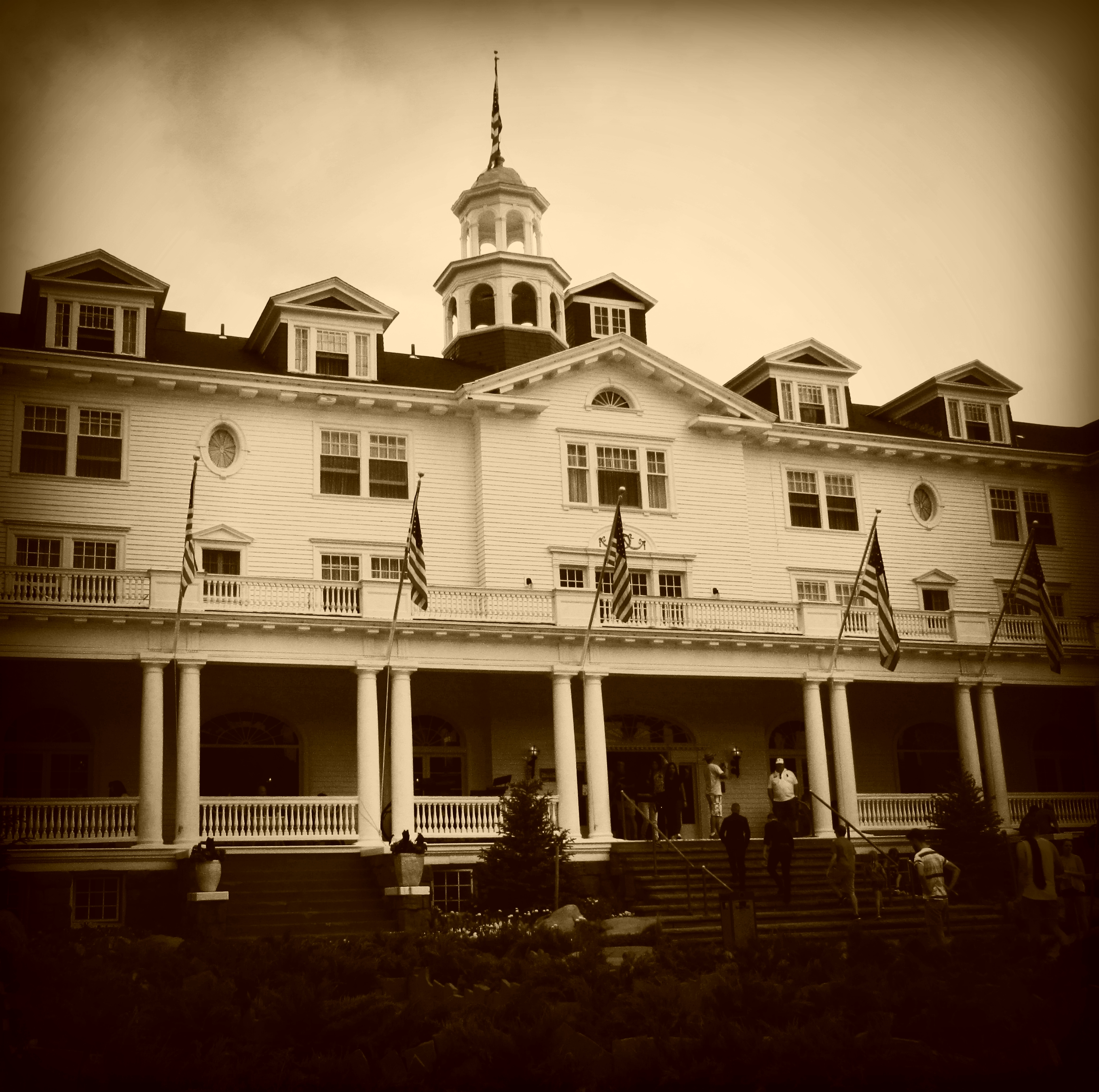 Stanley Hotel Ghost Photographed At Hotel That Inspired: Frightening Facts About The Twilight Zone Tower Of Terror