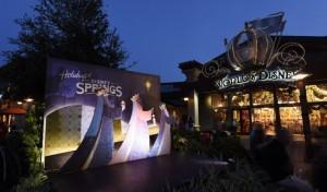 Disney Springs Christmas 4