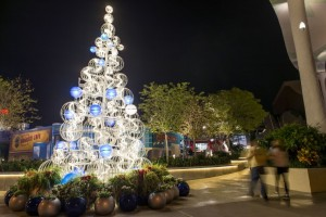 Disney Springs Christmas 5