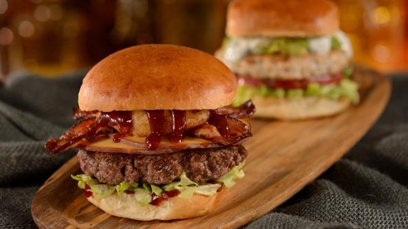 D- Luxe Burger 1