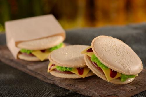 D- Luxe Burger 6