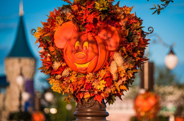 2016 Halloween trickortreating dates times in New Hampshire
