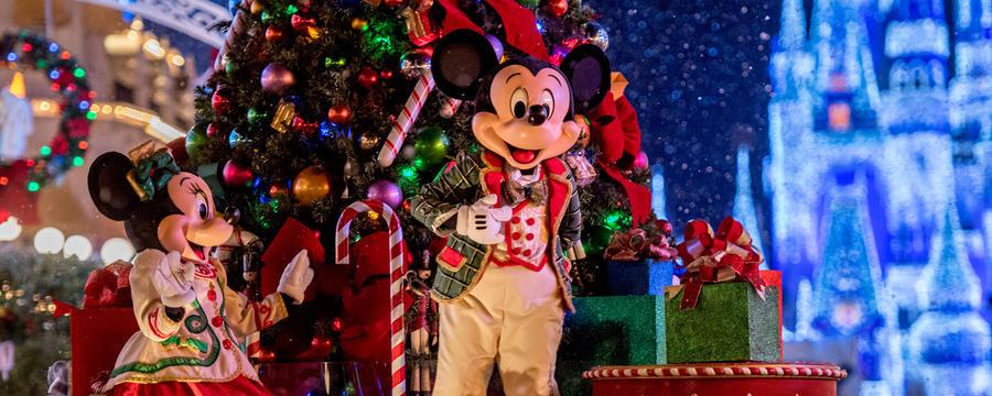 2016 mickeys very merry christmas party treats